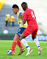 BOGOTA - COLOMBIA, 03-06-2019: Falcao Garcia jugador de Colombia disputa el balón con Fidel Escobar jugador de Panamá durante partido amistoso entre Colombia y Panamá jugado en el estadio El Campín en Bogotá, Colombia. / Falcao Garcia player of Colombia fights the ball with Fidel Escobar player of Panama during a friendly match between Colombia and Panama played at Estadio El Campin in Bogota, Colombia. Photo: VizzorImage / Nelson Rios / Cont