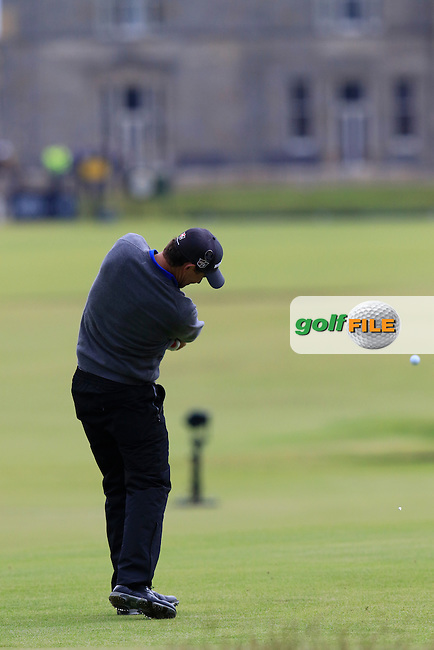 Padraig HARRINGTON (IRL) tees off the 18th tee during Monday's Final Round of the 144th Open Championship, St Andrews Old Course, St Andrews, Fife, Scotland. 20/07/2015.<br /> Picture Eoin Clarke, www.golffile.ie