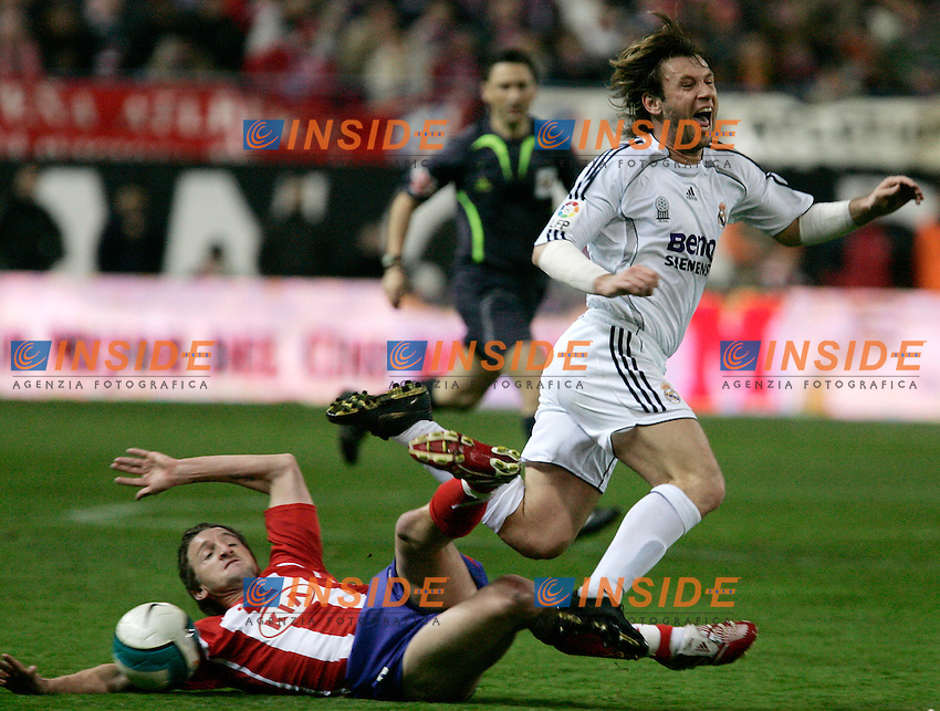 Atletico de Madrid's Miguel Angel Ferrer Mista against Real Madrid's Antonio Cassano during Spain's La Liga match at Vicente Calderon stadium in Madrid, Saturday February 25, 2007. (INSIDE/ALTERPHOTOS/Alvaro Hernandez).