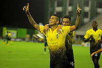 BARRANCABERMEJA- COLOMBIA - 22-02-2017: Los jugadores Alianza Petrolera celebran el gol anotado a La Equidad, durante partido Alianza Petrolera y Fortaleza FC, por la fecha 0 por la Liga Aguila I 2016 en el estadio Daniel Villa Zapata en la ciudad de Barrancabermeja. / The players of Alianza Petrolera celebrate a scored goal to La Equidad, during a match between Alianza Petrolera and La Equidad, for date 5 of the Liga Aguila I 2017 at the Daniel Villa Zapata stadium in Barrancabermeja city. Photo: VizzorImage  / Jose D Martinez / Cont.