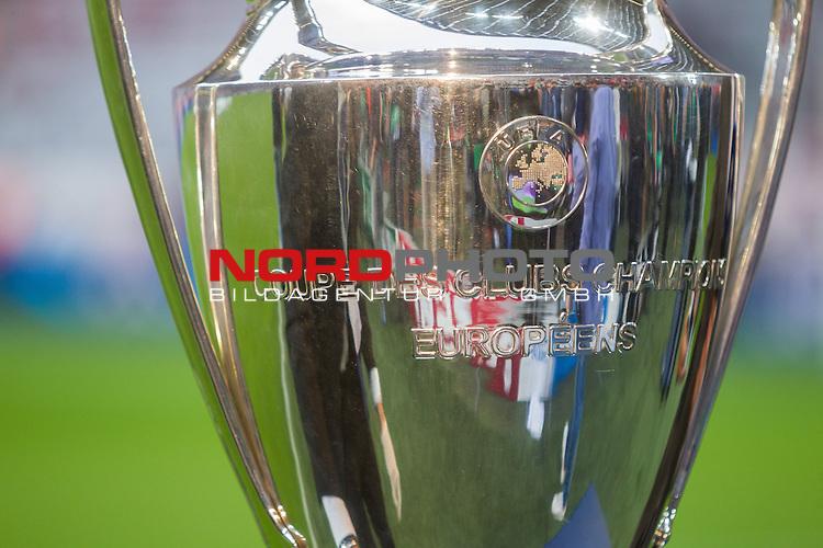 12.05.2015, Allianz Arena, Muenchen, GER, UEFA CL Halbfinale, FC Bayern Muenchen vs. FC Barcelona, im Bild der CL Pokal<br /> <br />  Foto &copy; nordphoto / Straubmeier