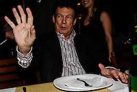 SAO PAULO, SP, 26 JULHO 2012 - ELEICOES 2012 - CELSO RUSSOMANO - Deputado Estadual e Presidente do PTB Campos Machado durante encontro com lideranças na Pizzaria Sacada no bairro da Mooca regiao leste da capital paulista na noite dessa quinta-feira, 26. FOTO: VANESSA CARVALHO - BRAZIL PHOTO PRESS.