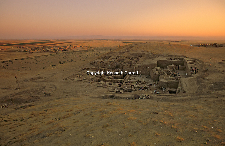 Urkesh, Hurrian Empire, Syria, 2400 BC, Giorgio Buccellati, palace excavation, site scenic with Turkish mountains is background