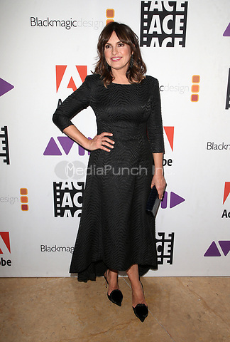 BEVERLY HILLS, CA - JANUARY 26: Mariska Hargitay, at the 2018 ACE Eddie Awards at the Beverly Hilton Hotel in Beverly Hills, California on January 26, 2018. Credit: Faye Sadou/MediaPunch