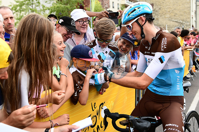 Romain Bardet (FRA) AG2R La Mondiale with fans at sign on before the start of Stage 21 of the 2018 Tour de France running 116km from Houilles to Paris Champs-Elysees, France. 29th July 2018. <br /> Picture: ASO/Alex Broadway | Cyclefile<br /> All photos usage must carry mandatory copyright credit (&copy; Cyclefile | ASO/Alex Broadway)