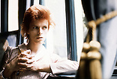 DAVID BOWIE - photographed during an interview in 1975.  Photo credit: MM-Media Archive/IconicPix