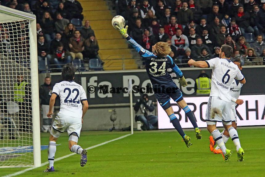 Kopfball Johannes Flum (Eintracht) senkt sich zum 1:2 über Timo Hildebrand (Schalke) hinweg - Eintracht Frankfurt vs. FC Schalke 04, Commerzbank Arena