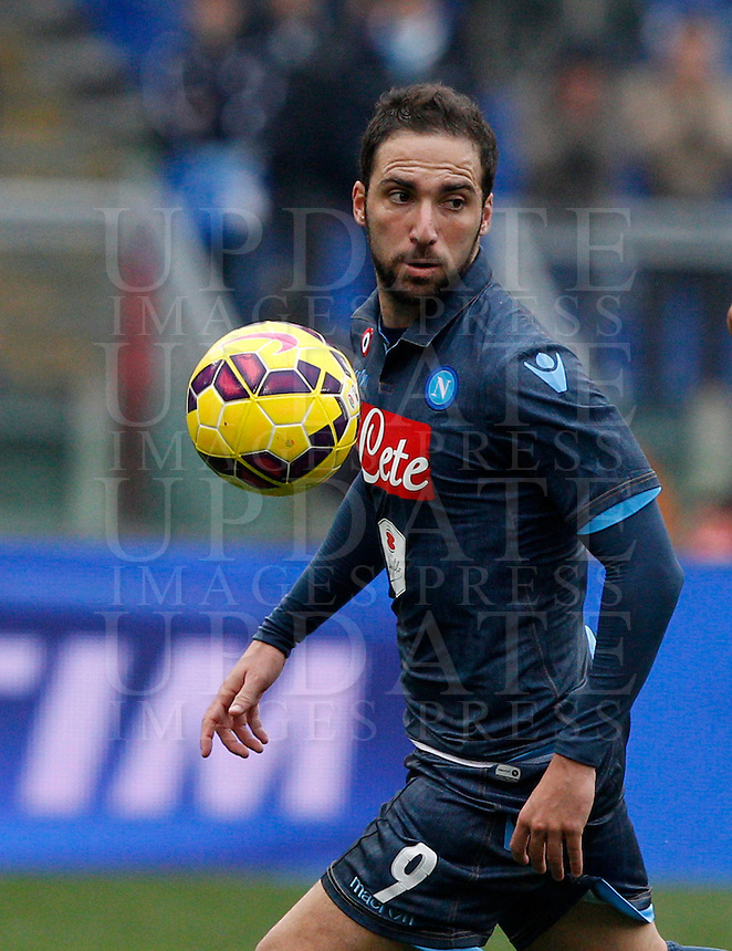 Calcio, Serie A: Lazio vs Napoli. Roma, stadio Olimpico, 18 gennaio 2015.<br /> Napoli&rsquo;s Gonzalo Higuain in action during the Italian Serie A football match between Lazio and Napoli at Rome's Olympic stadium, 18 January 2015.<br /> UPDATE IMAGES PRESS/Riccardo De Luca