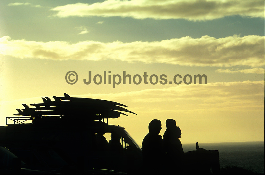 Surfers check for waves at Sunrise in the  Winki Pop car park, Bells Beach, Victoria, Australia. Photo Joli
