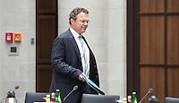 Berlin, Dienstag (07.05.13), Bundesinnenminister Hans-Peter Friedrich (CDU), kommt zur letzten Sitzung der Deutschen Islamkonferenz (DIK) in dieser Legislaturperiode. Foto: Michael Gottschalk/CommonLens