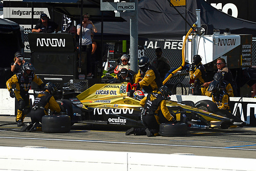 Verizon IndyCar Series<br /> Iowa Corn 300<br /> Iowa Speedway, Newton, IA USA<br /> Sunday 9 July 2017<br /> James Hinchcliffe, Schmidt Peterson Motorsports Honda makes a pit stop.<br /> World Copyright: F. Peirce Williams<br /> LAT Images