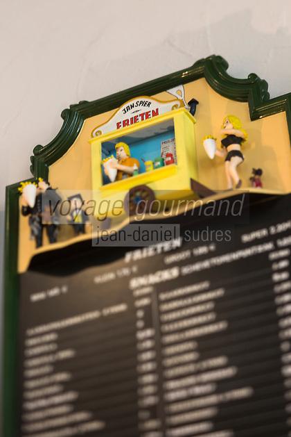 Europe/Belgique/Flandre/Flandre Occidentale/Bruges: Le Musée de la Frite, Friet Museum , menu// Belgium, Western Flanders, Bruges: Frietmuseum in Bruges is the first and only museum dedicated to potato fries.Belgian fries, menu