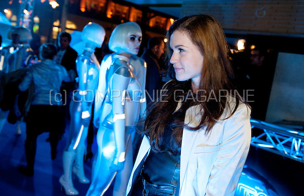 Marly van der Velden at Disney's Tron Legacy movie première in Amsterdam at the Pathé City Theatre (Holland, 12/01/2011)