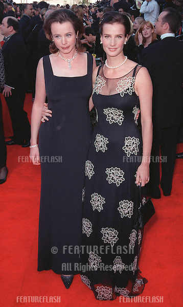 07MAR99: Actresses EMILY WATSON (left) & RACHEL GRIFFITHS at the Screen Actors Guild Awards..© Paul Smith / Featureflash