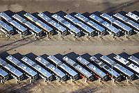VHH Busse im Depot der Betriebsflaeche Bergedorf: EUROPA, DEUTSCHLAND, HAMBURG, BERGEDORF (EUROPE, GERMANY), 27.11.2016: VHH Busse im Depot der Betriebsflaeche Bergedorf, Verkehrsbetriebe Hamburg-Holstein GmbH