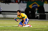 ATENÇÃO EDITOR: FOTO EMBARGADA PARA VEÍCULOS INTERNACIONAIS - RECIFE,PE,10 SETEMBRO 2012 - AMISTOSO SELEÇÃO BRASILEIRA - BRASIL X CHINA Neymar jogador do Brasil duarnte partida Brasil x China no Estádio José do Rego Maciel  (Arruda) em Recife na noite desta segunda feira (10).(FOTO ALE VIANNA - BRAZIL PHOTO PRESS).
