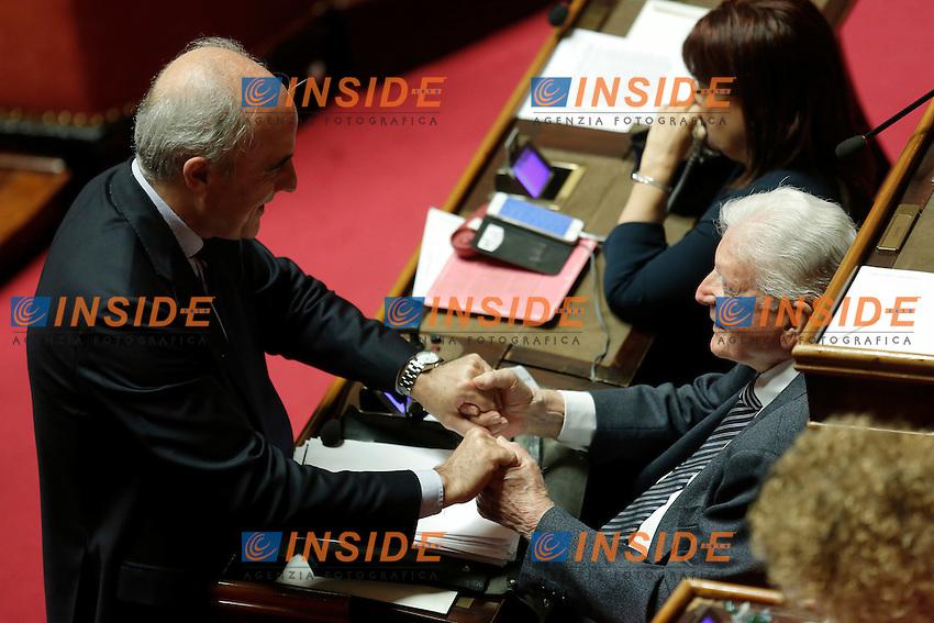 Lucio Romano e Sergio Zavoli<br /> Roma 19-04-2016 Senato. Mozione di sfiducia al Governo da parte del Movimento 5 Stelle, della Lega Nord  di Forza Italia.<br /> Photo Samantha Zucchi Insidefoto