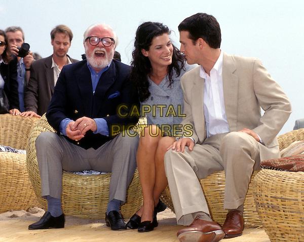 RICHARD ATTENBOROUGH, SANDRA BULLOCK, CHRIS O'DONNELL .Ref: 2535.www.capitalpictures.com.sales@capitalpictures.com.© Capital Pictures
