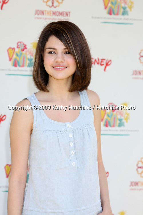 """Selena Gomez arriving at the """"A Time For Heroes Celebrity Carnival"""" benefiting the Elizabeth Glaser Pediatrics AIDS Foundation at the Wadsworth Theater Grounds in Westwood , CA on June 7, 2009 .©2009 Kathy Hutchins / Hutchins Photo.."""