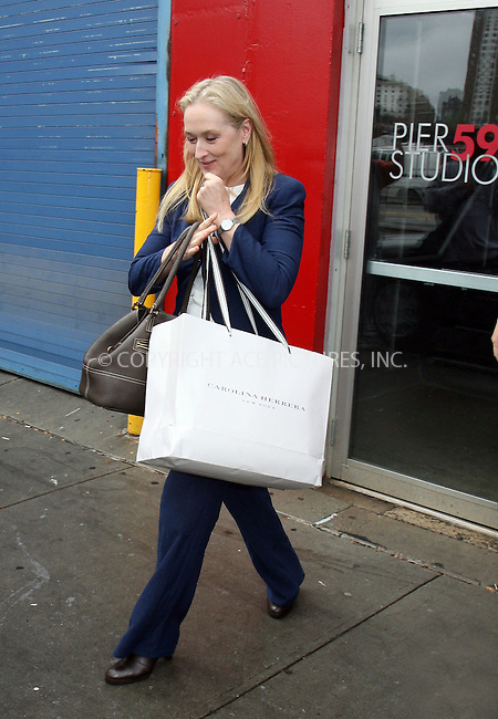WWW.ACEPIXS.COM ** ** ** ....October 19 2007, New York City....Actress Meryl Streep seen leaving Pier 59 Studios at Chelsea Piers in Manhattan....Please byline: Philip Vaughan -- ACEPIXS.COM.. *** ***  ..Ace Pictures, Inc:  ..tel: (646) 769 0430..e-mail: info@acepixs.com..web: http://www.acepixs.com