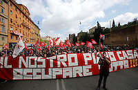 Manifestazione per il diritto alla casa a Roma, 12 aprile 2014.<br /> Demonstration for the right to housing, in Rome, 12 April 2014.<br /> UPDATE IMAGES PRESS/Riccardo De Luca
