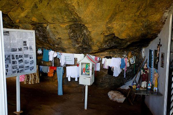 Iuna_ES, Brasil...Camara dos milagres no Santuario de Agua Santa...The Agua Santa Sanctuary...Foto: LEO DRUMOND / NITRO
