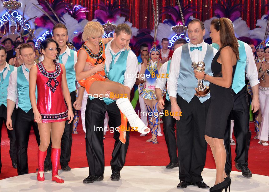37th Monte-Carlo International Circus Festival Gala and Awards Ceremony. Pictured : H. S. H. Princess Stephanie of Monaco giving silver Clown Award to Grechushkin group.
