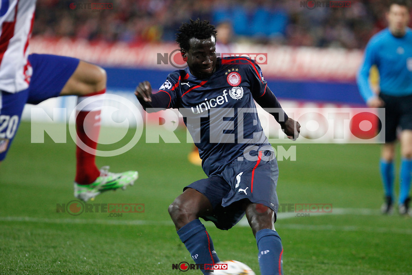 Olympiacos´s N´Dinga during Champions League soccer match between Atletico de Madrid and Olympiacos at Vicente Calderon stadium in Madrid, Spain. November 26, 2014. (ALTERPHOTOS/Victor Blanco) /NortePhoto