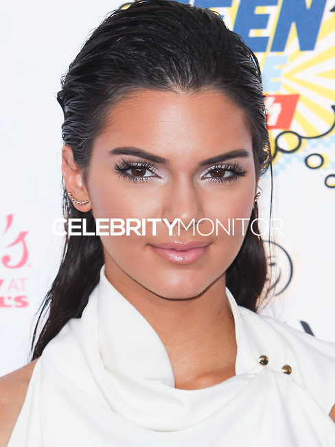 LOS ANGELES, CA, USA - AUGUST 10: Kendall Jenner arrives at the Teen Choice Awards 2014 held at The Shrine Auditorium on August 10, 2014 in Los Angeles, California, United States. (Photo by Celebrity Monitor)