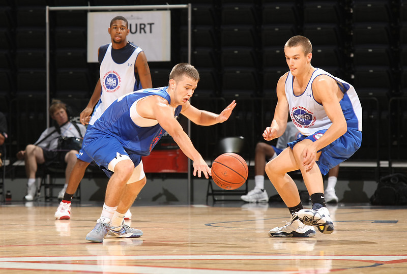 Noah Cottrill handles the ball during the 2009 NBPA Top 100 Basketball Camp held Friday June 17- 20, 2009 in Charlottesville, VA. Photo/ Andrew Shurtleff