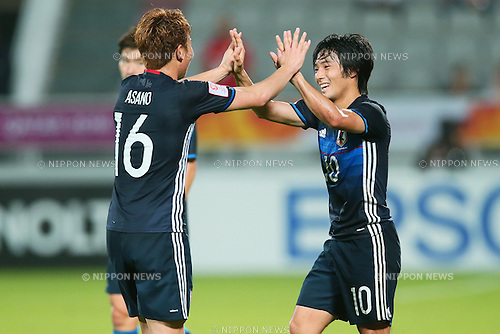 (L-R) Takuma Asano, Shoya Nakajima (JPN), <br /> JANUARY 22, 2016 - Football / Soccer : <br /> AFC U23 Championship Qatar 2016 <br /> Quarter-final match between <br /> Japan 3-0 Iran <br /> at Abdullah Bin Khalifa Stadium in Doha, Qatar. <br /> (Photo by Yohei Osada/AFLO SPORT)