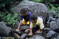 WF25-002z  Children exploring stream