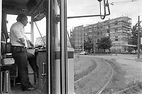 - Milano, il complesso di case popolari Iacp di via Emilio Bianchi, periferia nord della città, degradato ed ad alto tasso di abusivismo e criminalità (Giugno 1992). La fermata capolinea del tram<br /> <br /> - Milan, the Iacp social housing district in via Emilio Bianchi, northern outskirts of the city, degraded and with a high rate of illegal occupation and crime (June 1992). The tram terminal stop