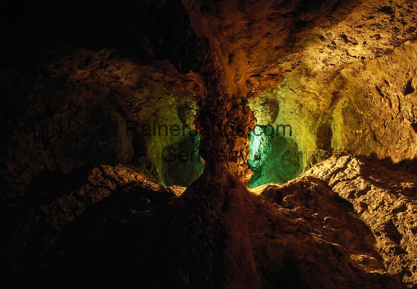 Spanien, Kanarische Inseln, Lanzarote, Cueva de los Verdes, Lavahoehle | Spain, Canary Island, Lanzarote, Cueva de los Verdes, lava cave