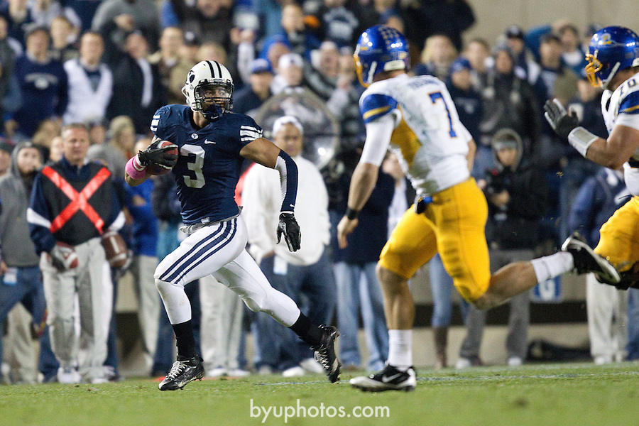 BYU defeats San Jose State 29-16 in Lavell Edwards Stadium on Saturday October 8, 2011..._SW10751.jpg..11FTB vs San Jose State ..BYU - 29.SJS - 16..October 8, 2011..Photo by Jaren Wilkey/BYU..© BYU PHOTO 2011.All Rights Reserved.photo@byu.edu  (801)422-7322