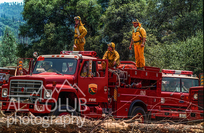 August 17, 1992 Angels Camp, California -- Old Gulch Fire—CDF engine crew waits for orders to move up in Fricot City.  The Old Gulch Fire raged over some 18,000 acres, destroying 42 homes while threatening the Mother Lode communities of Murphys, Sheep Ranch, Avery and Forest Meadows.