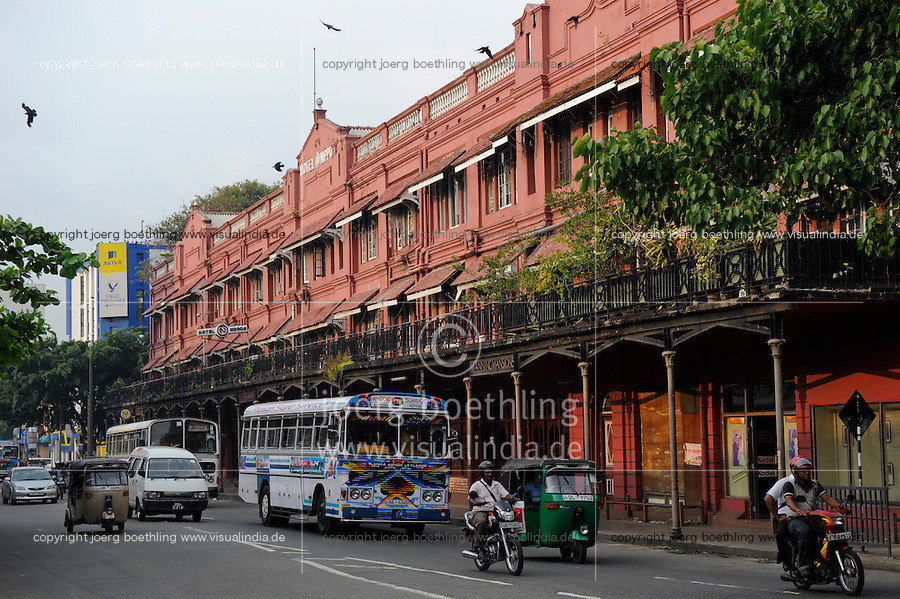 Sri Lanka Colombo, colonial building Manning Mansion, Hotel Nippon and street traffic