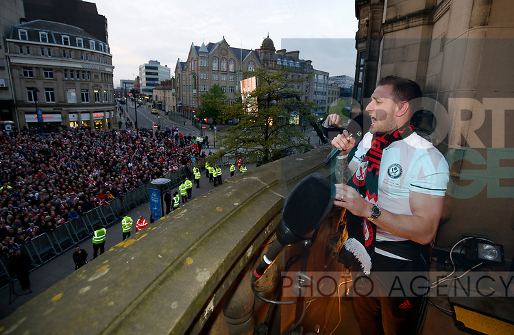 Billy Sharp of Sheffield Utd leads a rendition of Shoreham boys during the open top bus parade from Bramall Lane Stadium to Sheffield Town Hall, Sheffield. Picture date: May 2nd 2017. Pic credit should read: Simon Bellis/Sportimage