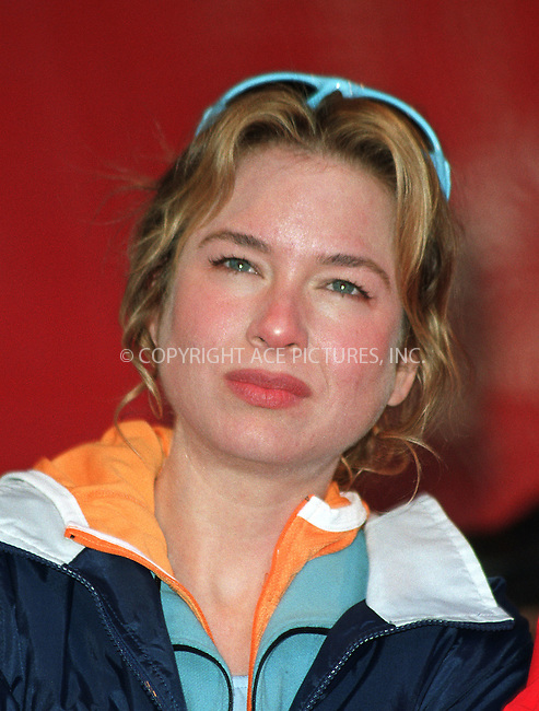 RENEE ZELLWEGER at the 5th Annual New York Revlon Walk/Run for Women. May 4, 2002, New York. This event, which is one of the nation's largest charity events to raise awareness and funds for women's cancer research, is presented by the Entertainment Industry Foundation and The New York Times.  Please byline: Alecsey Boldeskul/NY Photo Press.   ..*PAY-PER-USE*      ....NY Photo Press:  ..phone (646) 267-6913;   ..e-mail: info@nyphotopress.com