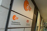 """ZDF-Hauptstadtstudio im """"Zollernhof"""", Unter den Linden 36, in Berlin-Mitte.<br /> 22.1.2020, Berlin<br /> Copyright: Christian-Ditsch.de<br /> [NUR FUER REDAKTIONELLE ZWECKE! Werbung nur auf Anfrage beim Fotografen. Inhaltsveraendernde Manipulation des Fotos nur nach ausdruecklicher Genehmigung des Fotografen. Vereinbarungen ueber Abtretung von Persoenlichkeitsrechten/Model Release der abgebildeten Person/Personen liegen nicht vor. NO MODEL RELEASE! Don't publish without copyright Christian-Ditsch.de, Veroeffentlichung nur mit Fotografennennung, sowie gegen Honorar, MwSt. und Beleg. Konto: I N G - D i B a, IBAN DE58500105175400192269, BIC INGDDEFFXXX, Kontakt: post@christian-ditsch.de<br /> Bei der Bearbeitung der Dateiinformationen darf die Urheberkennzeichnung in den EXIF- und  IPTC-Daten nicht entfernt werden, diese sind in digitalen Medien nach §95c UrhG rechtlich geschuetzt. Der Urhebervermerk wird gemaess §13 UrhG verlangt.]"""
