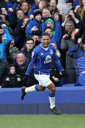 05.03.2016. Goodison Park, Liverpool, England. Barclays Premier League. Everton versus West Ham. Aaron Lennon of Everton celebrates his goal giving Everton a 2-0 lead