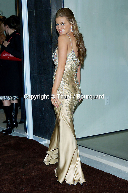 Carmen Electra at the Roberto Cavalli store Opening in Beverly Hills. February 15th 2005.