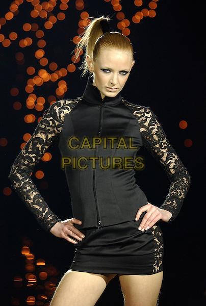 Julien MacDonald fashion show.London Fashion Week.Autumn/Winter collection.www.capitalpictures.com.sales@capitalpictures.com.© Capital Pictures.catwalk