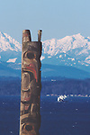 Seattle, totem pole, ferries on Puget Sound, Olympic Mountains, Pacific Northwest, Washington State, West Coast, USA, winter,