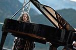 07 08 - Martha Argerich - Franz Liszt Chamber Orchestra