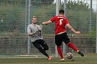 Ivo Kessler (TSG Worfelden) erzielt das Tor zum 1:1 gegen Dominic Zell (SG DJK Eintracht Ruesselsheim) - 06.09.2020: Spiel der Woche - TSG Worfelden vs. SG DJK Eintracht Rüsselsheim, B-Liga