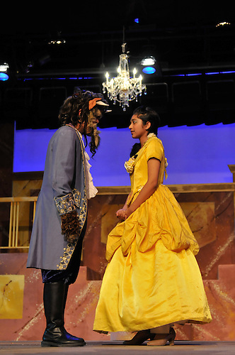 2011-05 MS Beauty and the Beast Cast 2..Photo by Ashley Batz