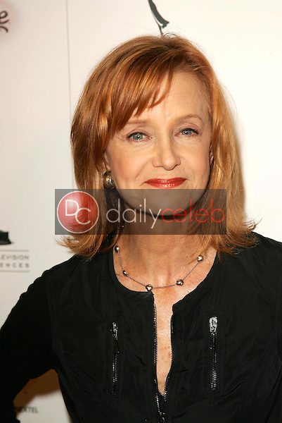 Swoozie Kurtz<br />at the party honoring the 57th Annual Primetime Emmy Awards Nominees for Outstanding Performing Talent, hosted by the Academy of Television Arts and Sciences. Spago, Beverly Hills, CA. 09-16-05<br />Dave Edwards/DailyCeleb.Com 818-249-4998