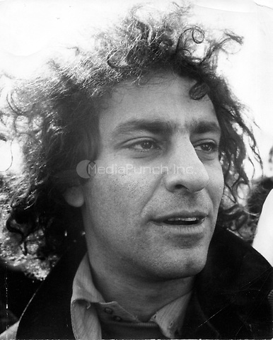 Abbie Hoffman photographed in Boston, 1968.  ** HIGHER RATES APPLY ** NO TABLOIDS / SKIN MAGS **<br /> &copy; RTSimon / MediaPunch