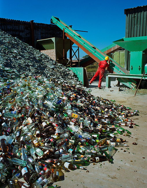 Recycled glass is now used in a myriad of ways, including use in the building trade, in the construction of roads, in the manufacture of concrete, as a replacement for sand, as an abrasive in shot blasting, for water filtration and as a flux in the production of clay and bricks.  <br />